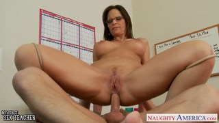 Sexy teacher Syren De Mer suck and fuck a big cock