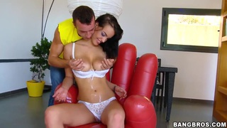 Oiled Latina chick exposes and gives a head