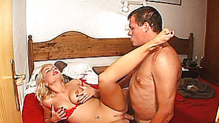 Amateur Milf with big tits gets fucked with cum